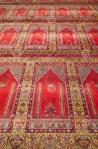 red-carpet-historical-ottoman-mosque-turkey-29830152